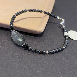 Black Spherical Bracelet