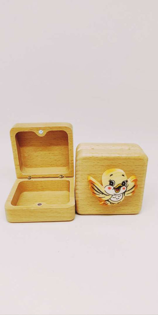 Bartolucci Extra Small Case Square Bird