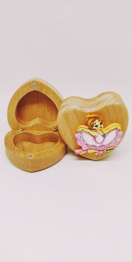 Bartolucci Extra Small Case Heart Sitting Dancer