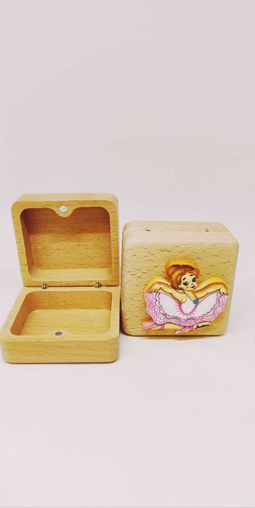 Bartolucci EXTRA SMALL CASE SQUARE  SITTING DANCER