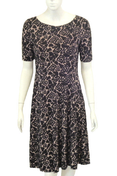 black/natural pattern fit and flare dress <br> unit price £6.50