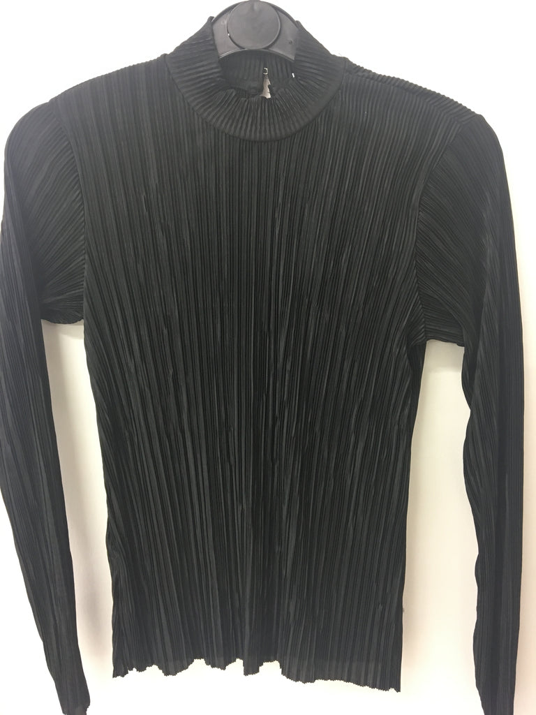 Urban Outfitters Black Plisse Fitted Top <br> unit price £2.25