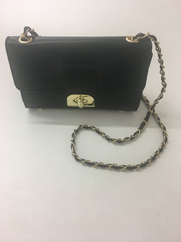 ex precis small black handbag <br> unit price £5.95