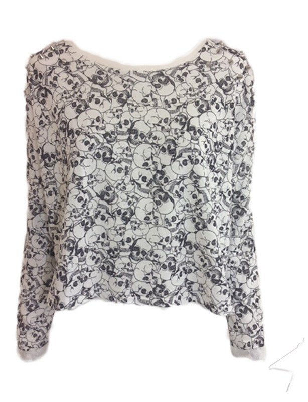 skull print studded shoulder oversized top <br> unit price £2.50