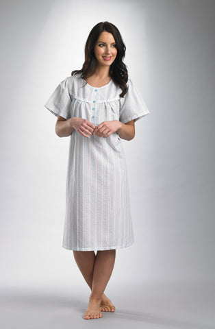 Short Sleaves Shaped Neck 42inch Nightdress