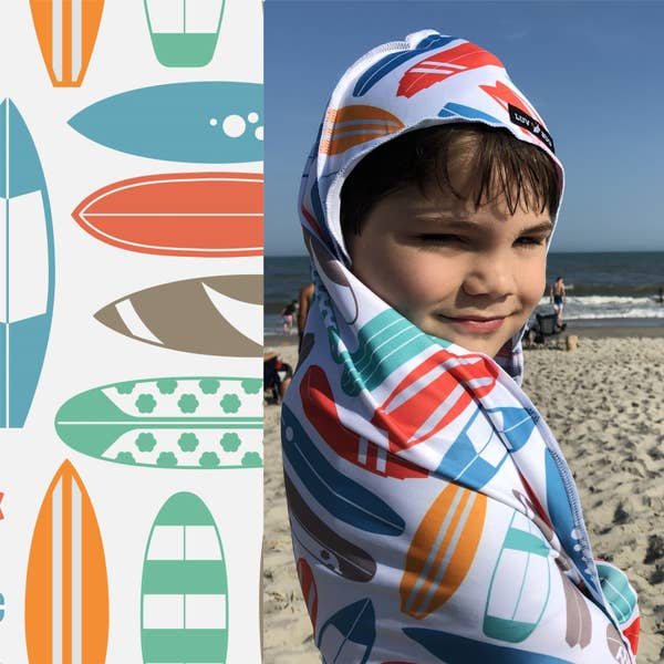 Love Bug Hooded Upf 50+ Sunscreen Towel