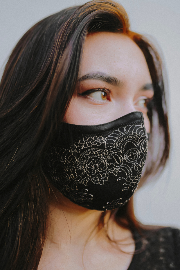 Mask Bundle - Medallion Lace Mask (Gold) + SOAK