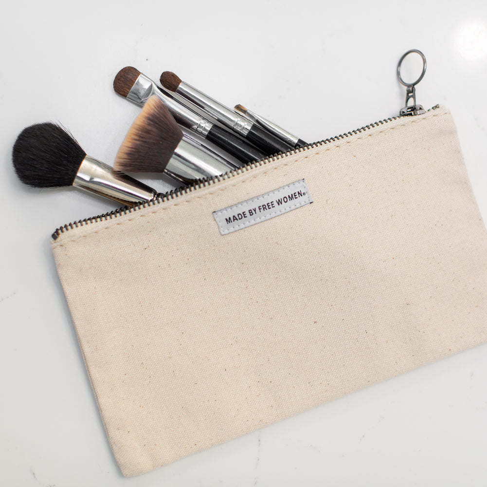 large canvas pouch. heavy duty canvas zipper pouch. canvas tool pouch. canvas zipper tool pouch. canvas zipper pencil pouch. Cotton canvas bag. Makeup Bag. cosmetic bag.