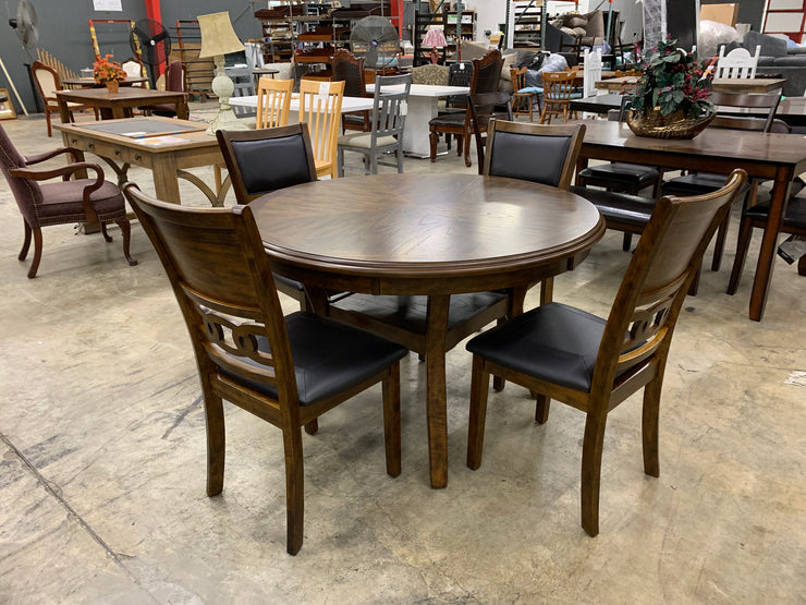 CNL1701Amherst Dark Dining Table