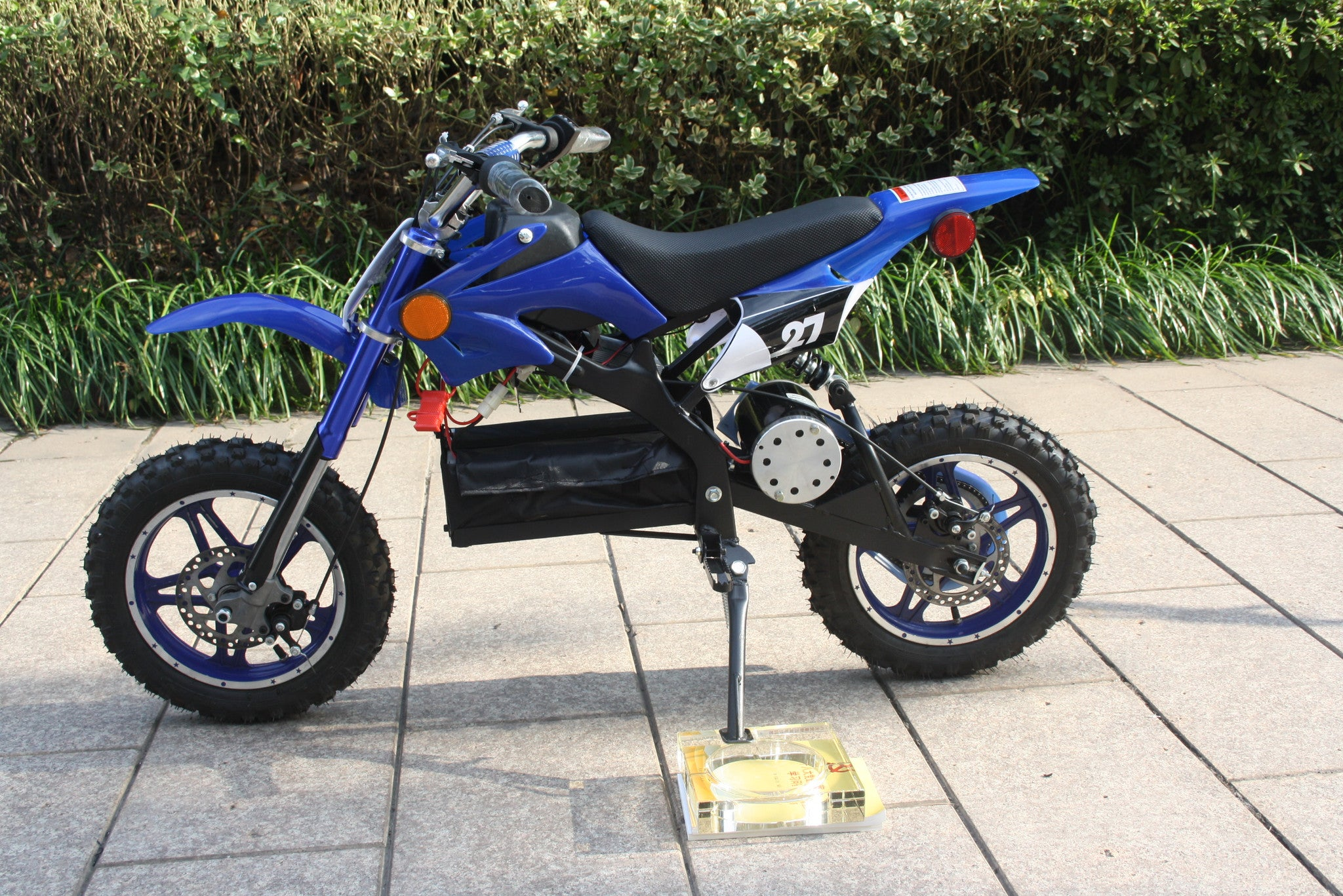 2018 Gio Electric Onyx 1000W 36V 12Ah Kids\' Dirt Bike - Upzy