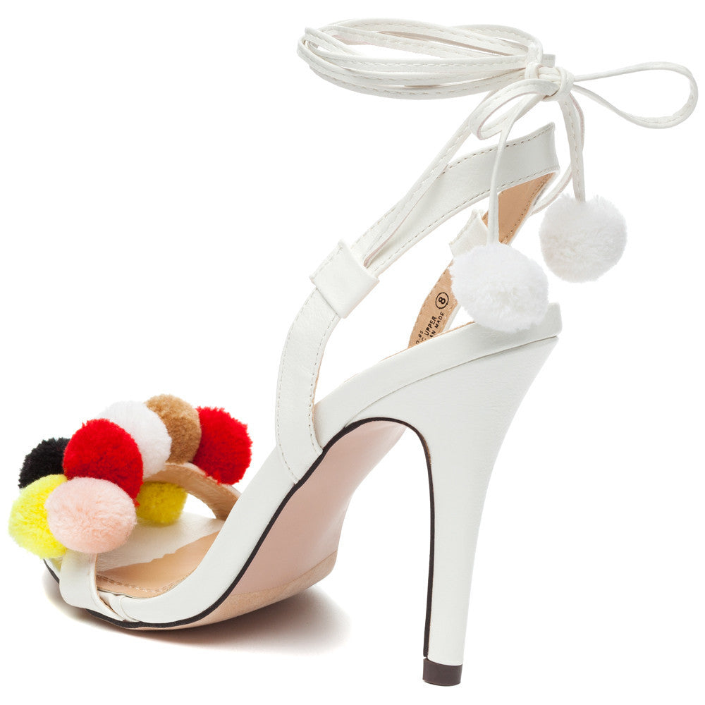 trends in pom Pom-poms sprouted up on this season's it shoes and bags right before our eyes soon, they were added onto the tassels that finish breezy blouses and sitting.