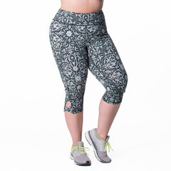 Lilia Print Capri - Rainbeau Curves, , activewear, athleisure, fitness, workout, gym, performance, womens, ladies, plus size, curvy, full figured, spandex, cotton, polyester - 1