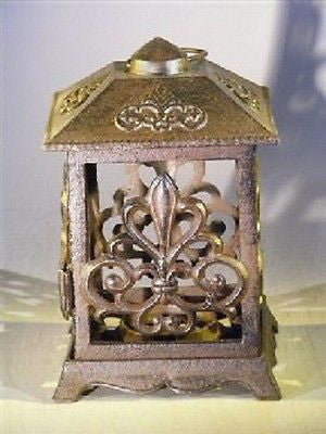 "Garden Lantern - Cast Iron Hanging Lantern Magnetic Door 5"" x 5"" x 9 1/4"""