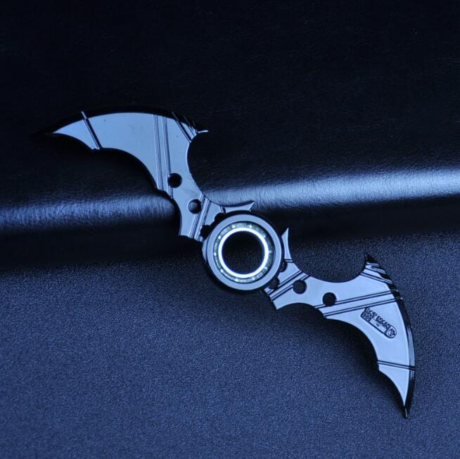 Batman Darts Fidget Hand Spinner Metal One Piece Batman Finger Spinner Fidget Toys - ManSeeManWant