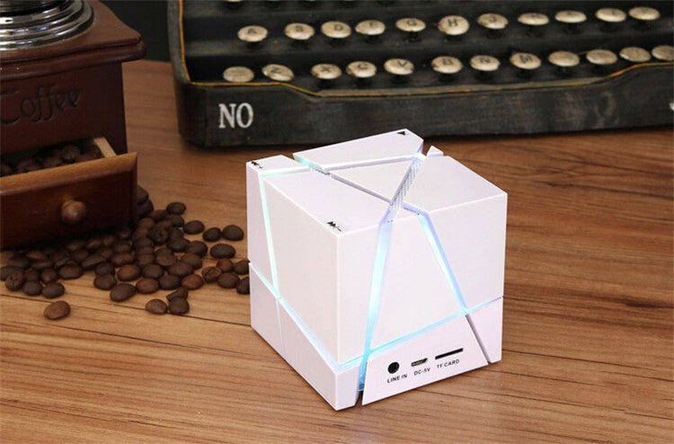 Cube Mini Speaker  Bluetooth - ManSeeManWant