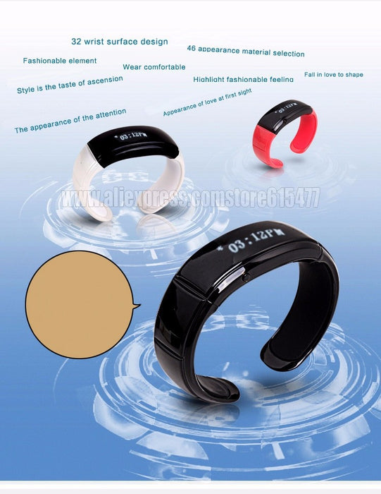 Bluetooth bracelet, speakerphone - ManSeeManWant