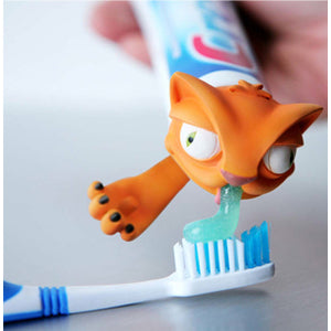 Spread-heads-toothpaste-heads-cat