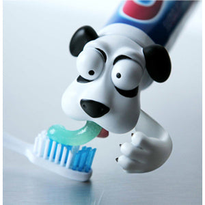 Spread-heads-toothpaste-heads-dog
