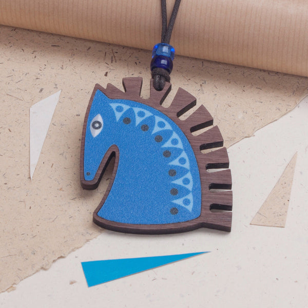 horse's head design wooden pendant necklace in blue