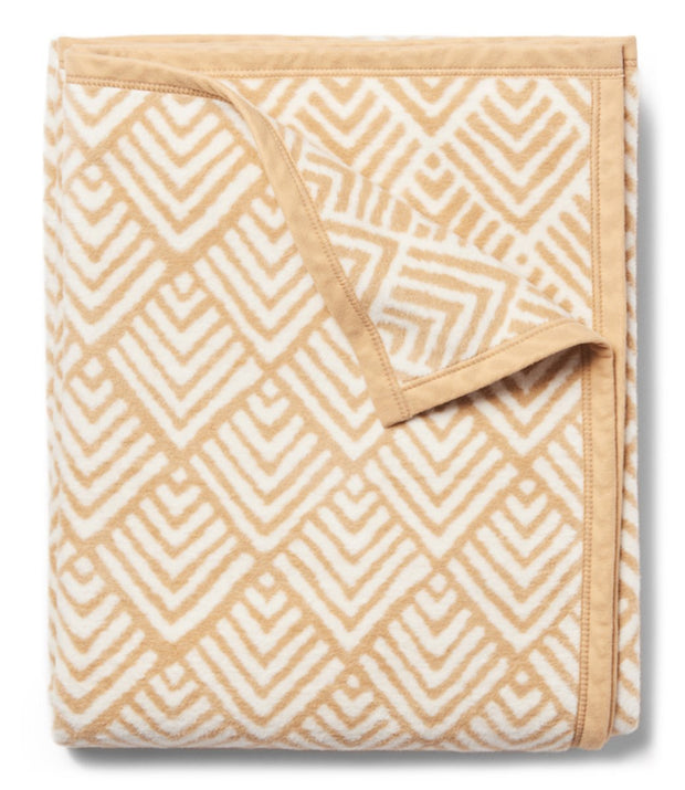 Blanket - Twin Size - Oyster Cove Diamonds - Camel