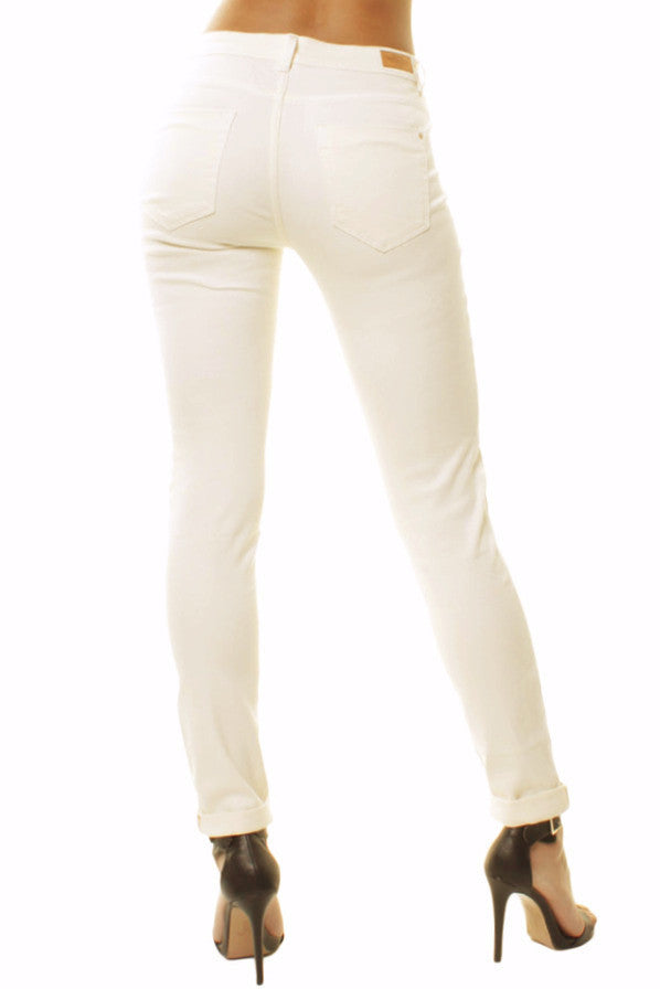 Off White Mid Rise Mom Style Slim Fit Casual Jeans