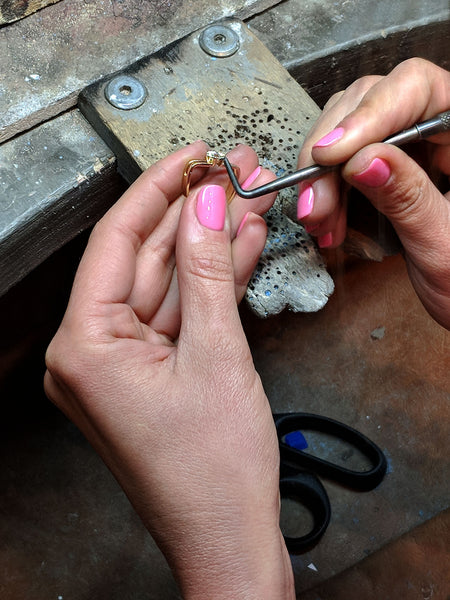 making bespoke engagement ring in gold and diamonds