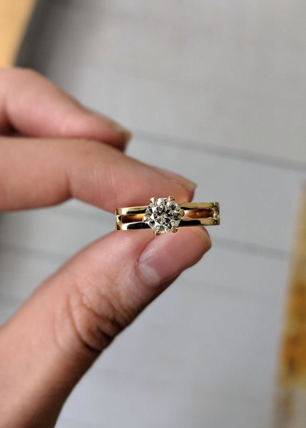 bespoke engagement ring gold and diamonds