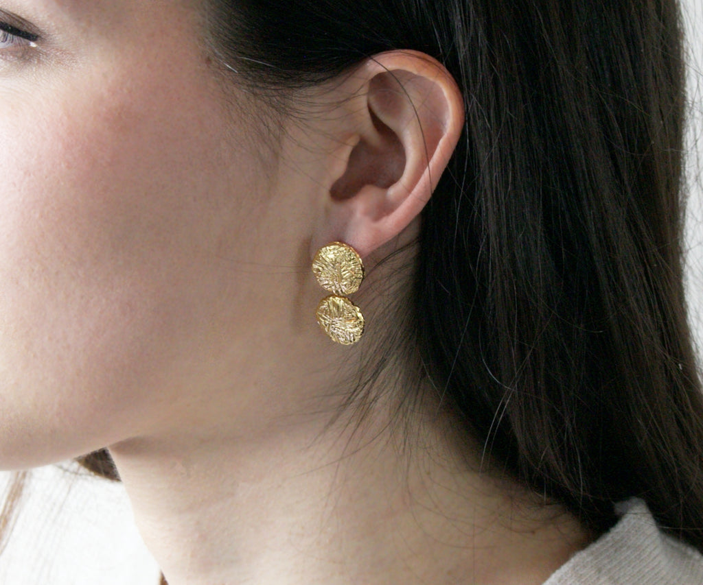 etched solid gold circle drop earrings handmade in islington london by maya magal jewellery uk