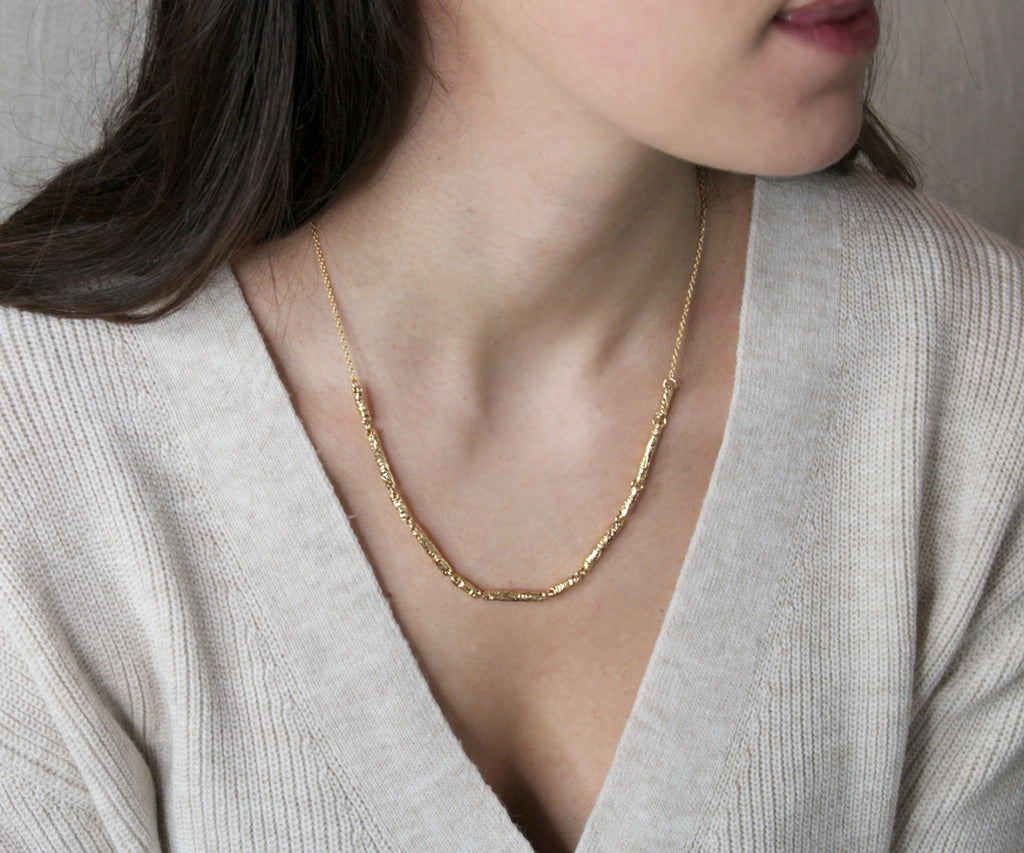 solid gold etched bead necklace handmade by maya magal london jewellery uk