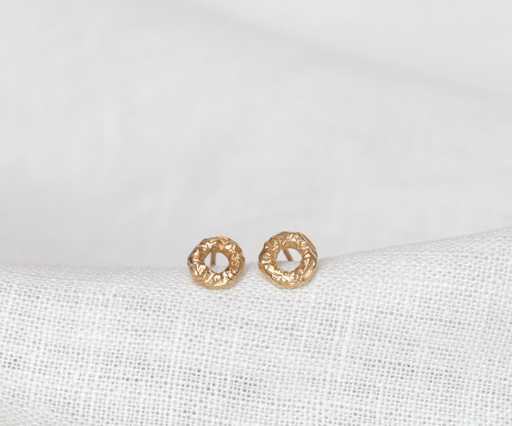 etched stud earrings gold plated sterling silver handmade in london by maya magal jewellery uk