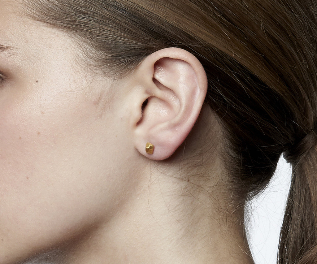 faceted stud earrings gold Maya Magal jewellery London