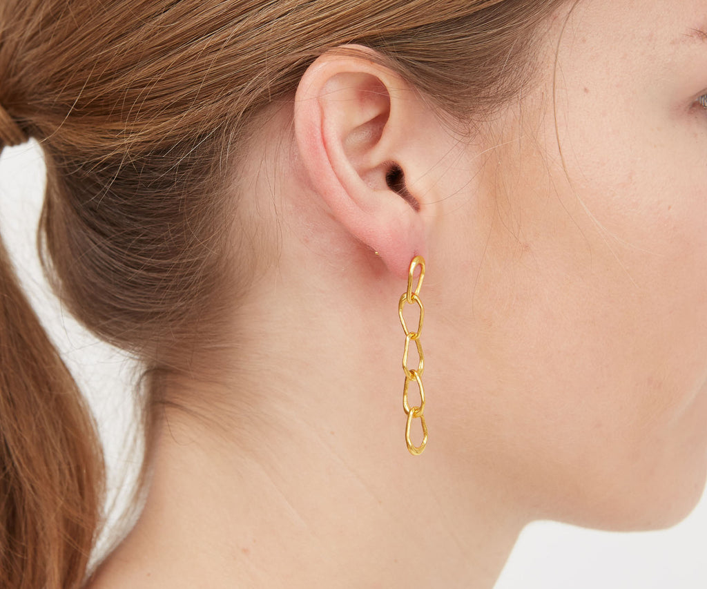 Organic Drop Chain-Link Earring Gold Maya Magal London