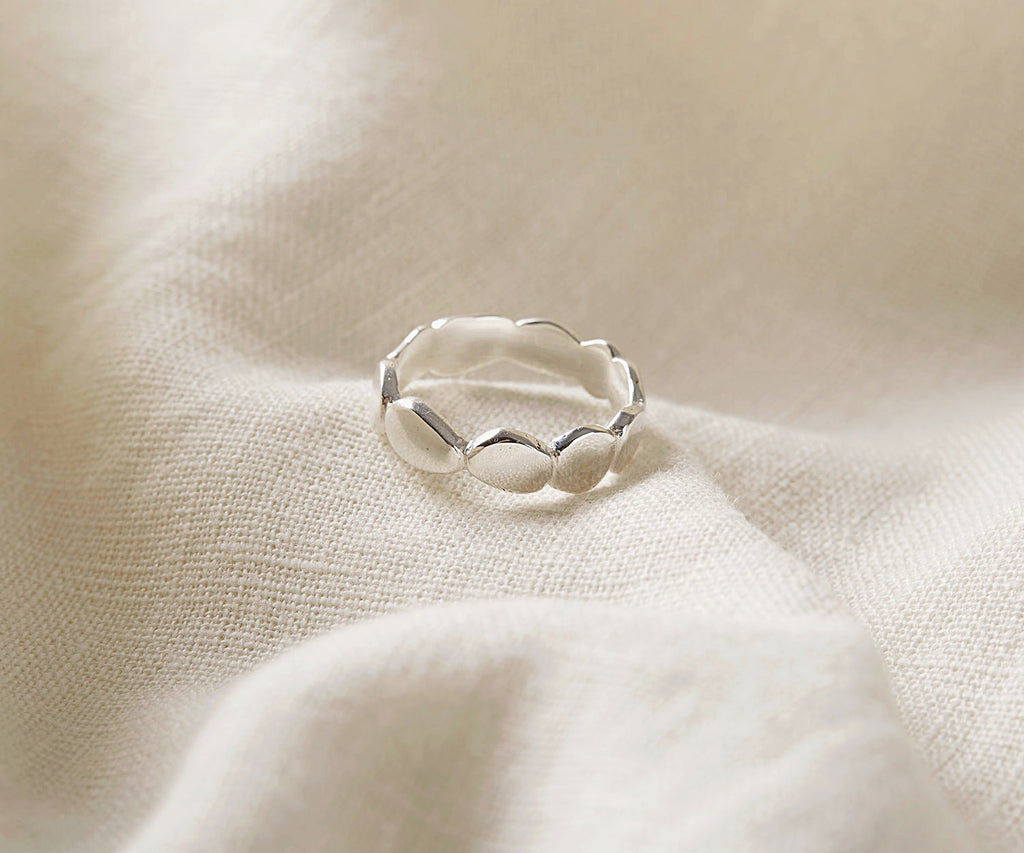 Puddle Band Ring
