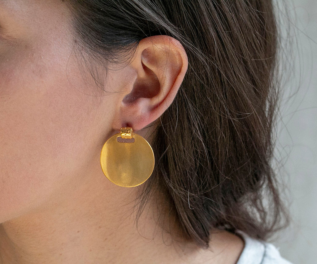 18ct plated gold disc earrings hammered texture bubble detail studs maya magal london luxury jewellery brand uk