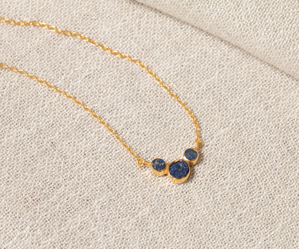 Rough Stones Lapis Necklace
