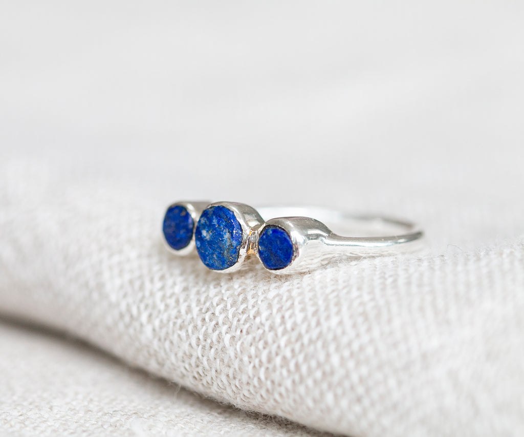Rough Stones Lapis Ring