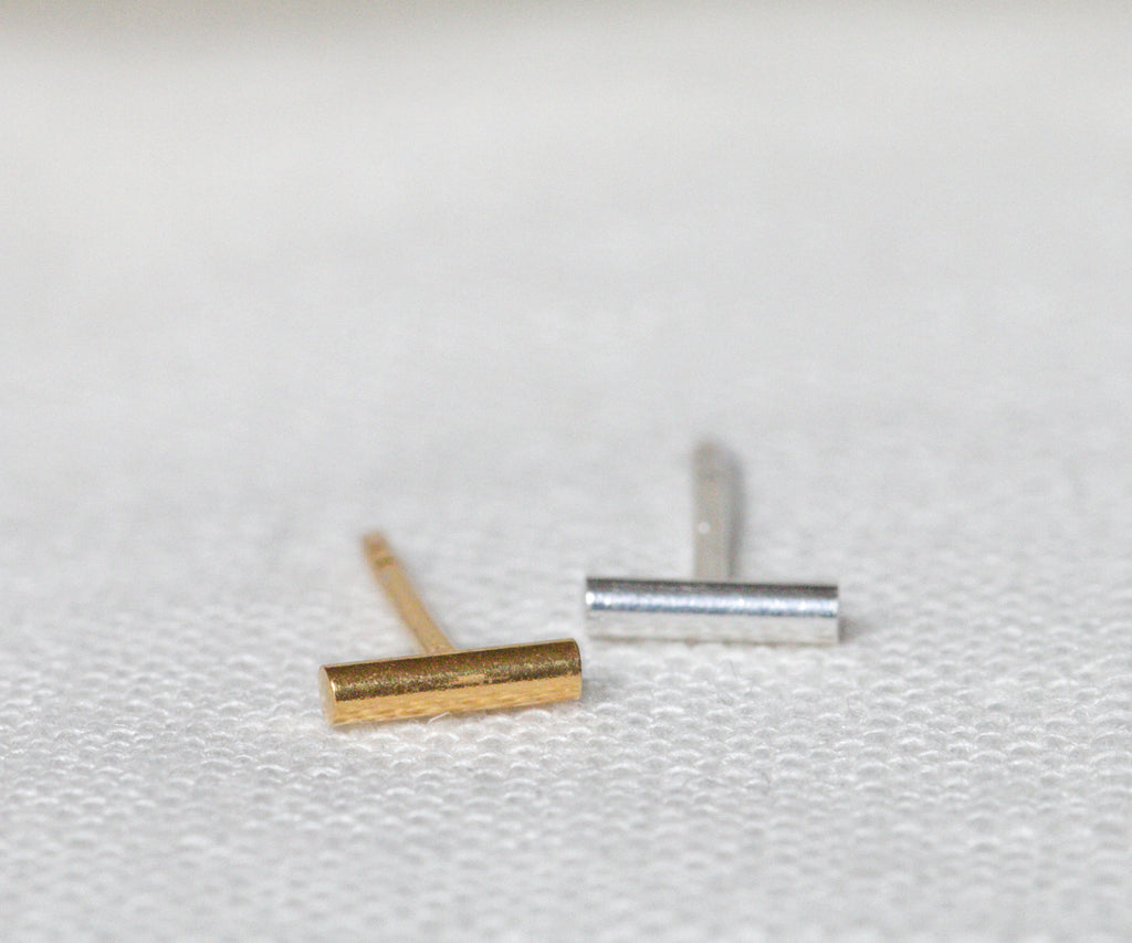 single line stud earrings in sterling silver or 18ct gold plated handmade in london uk