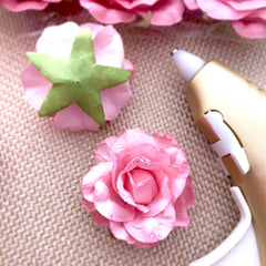15 Big Paper Flowers for DIY Valentines