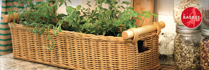 Baskets Make Country Kitchen Decor a Breeze