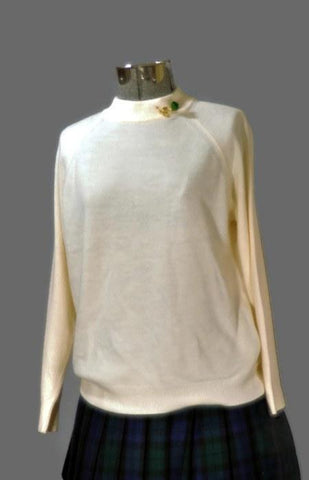 Vintage 1980's Fluffy Cream Turtleneck Sweater, Winter - ROBINS HERITAGE USA Vintage
