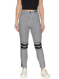 Kultprit Women's Checked Trouser With Distressed & Knee Zipper