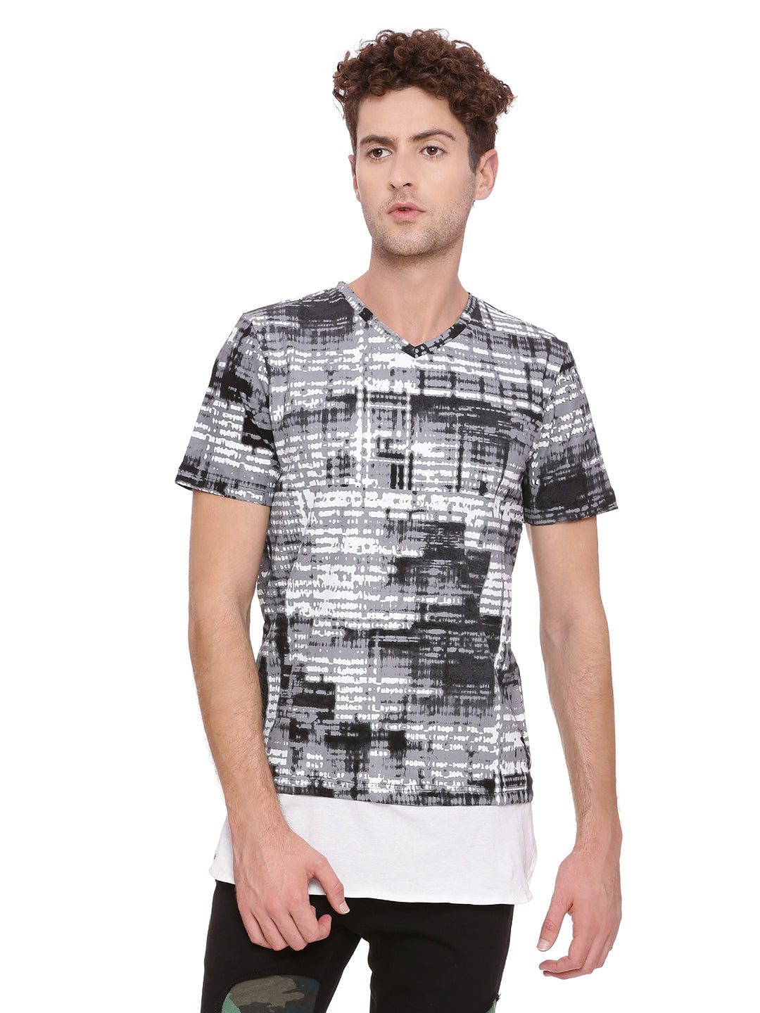 V neck T-Shirt with all over print and extended panel on hem