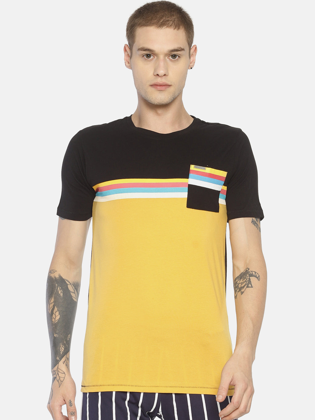 Yellow color block pocket t-shirt