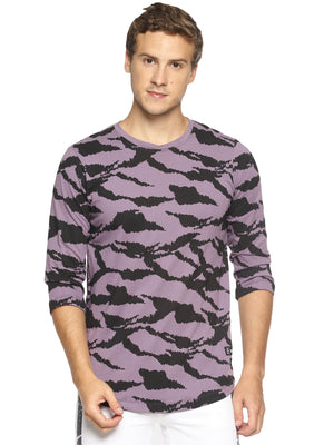 Purple camouflage print t-shirt