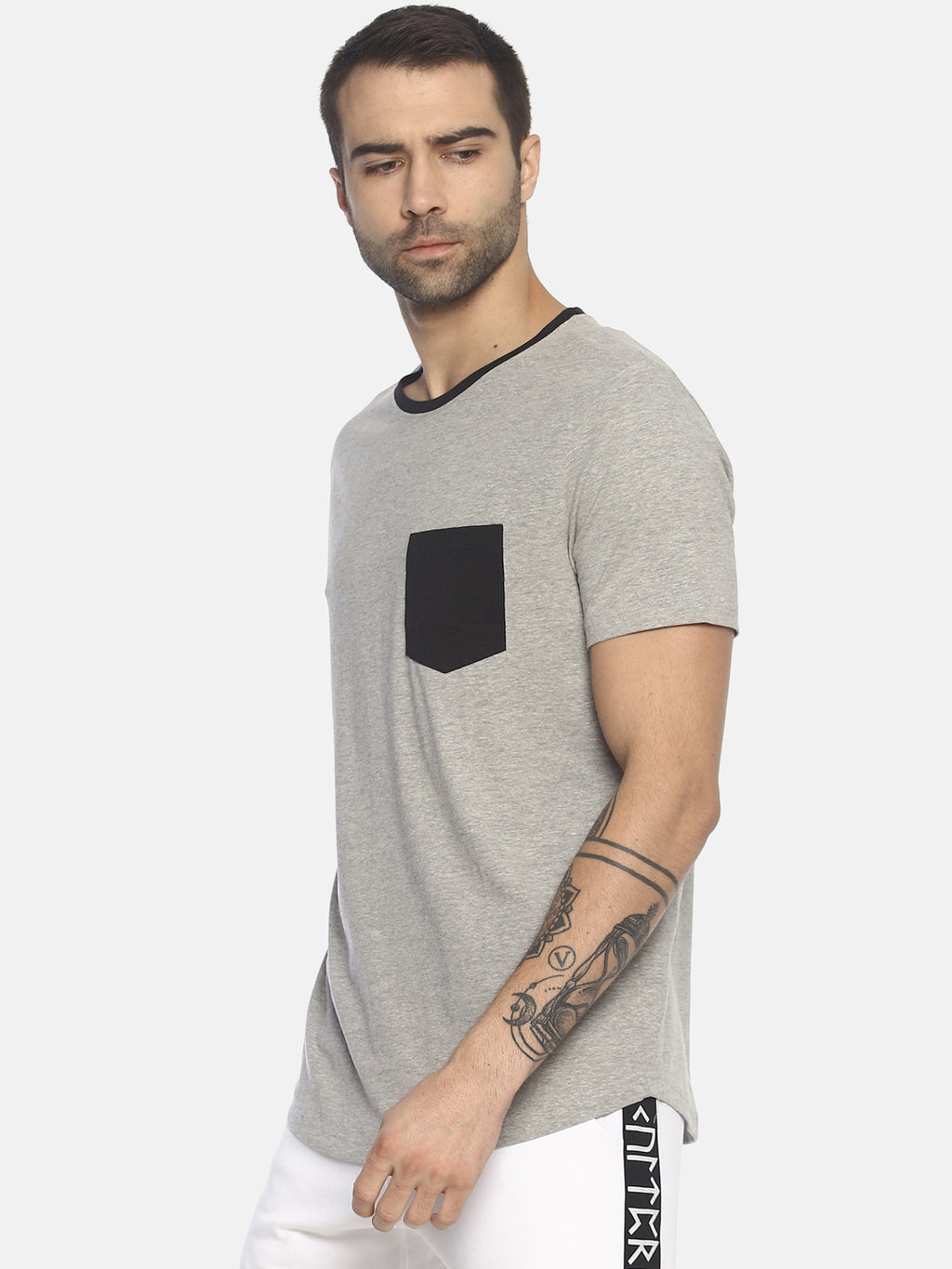 Grey solid pocket t-shirt