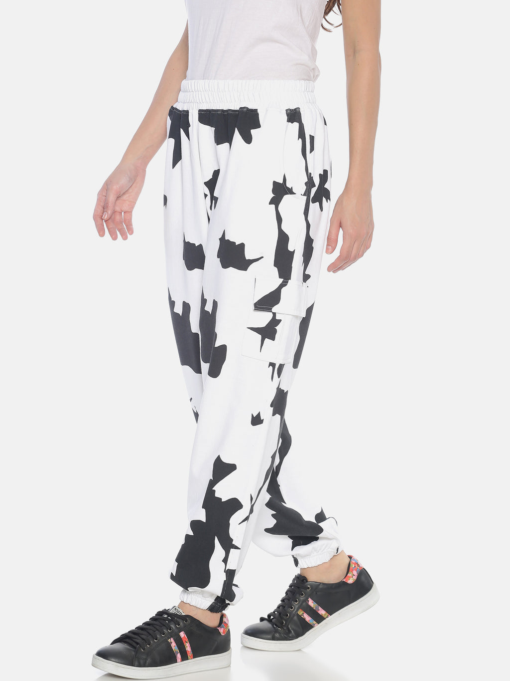 Women White baggy fit Jogger all over printed