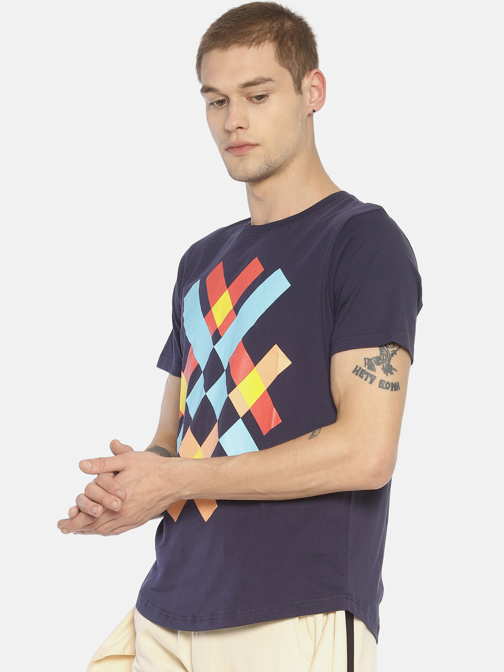 Blue chest print t-shirt
