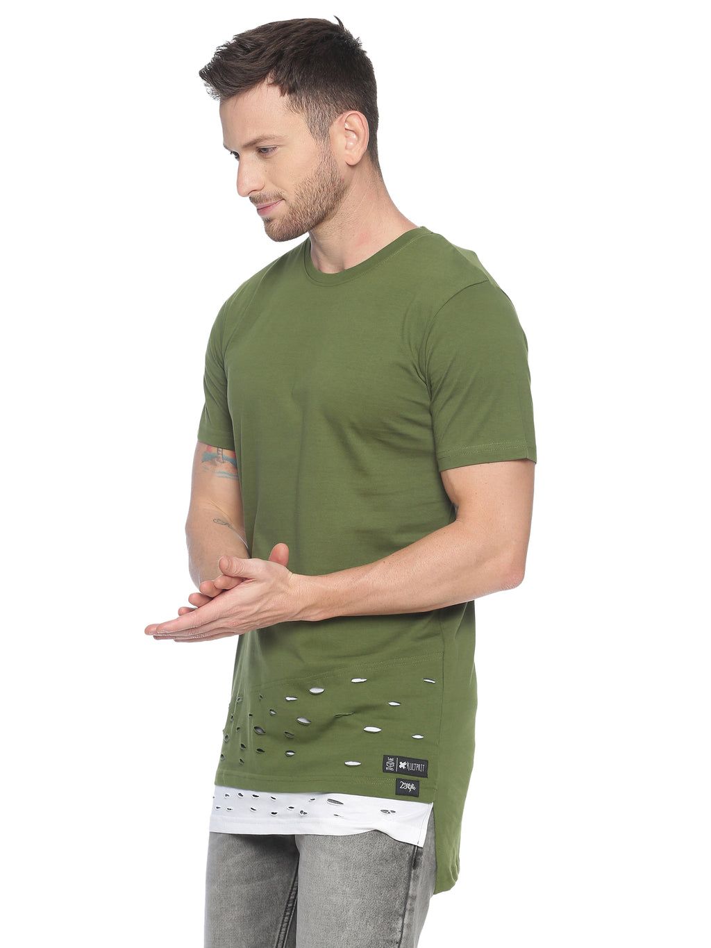 fashionable style T-Shirt ideal for men with long line
