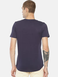 Navy blue chest print t-shirt