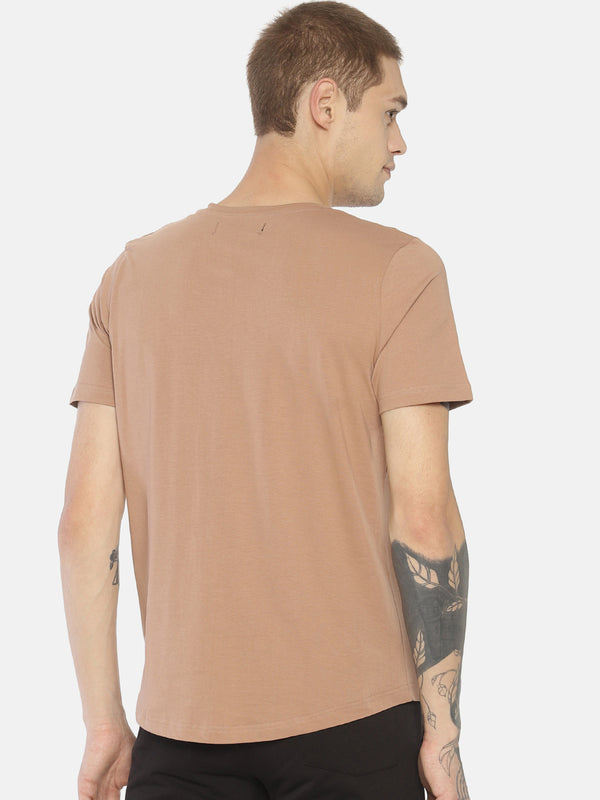 Brown typographic chest print t-shirt